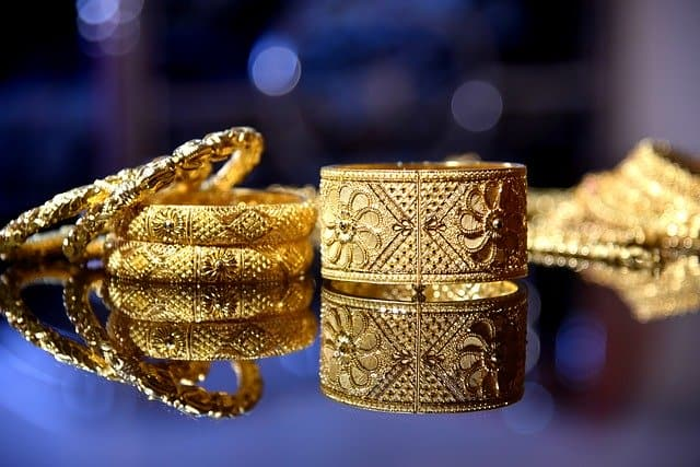 Personal loan for buying jewellery for the wedding
